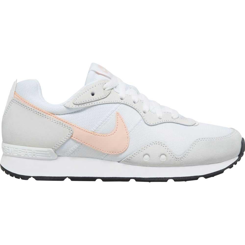 Nike Womens Venture Runner Lifestyle